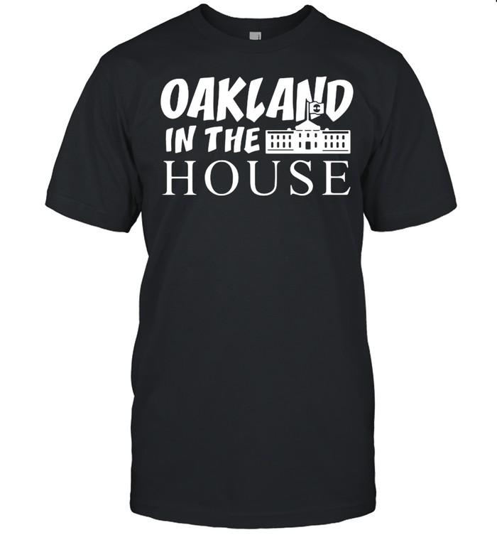 Oakland in the house shirt Classic Men's T-shirt