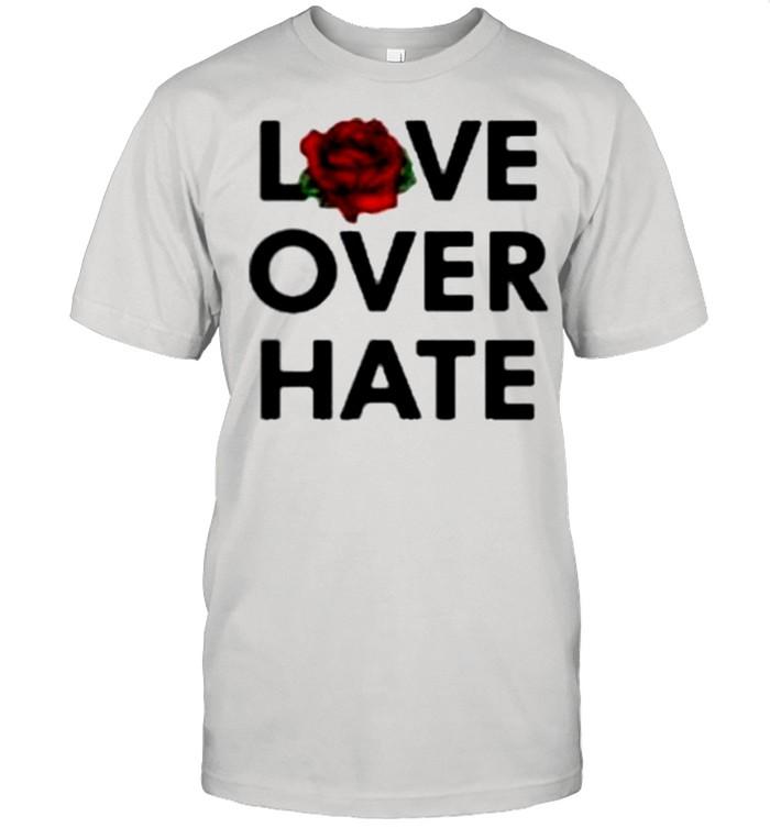 Love over hate shirt Classic Men's T-shirt