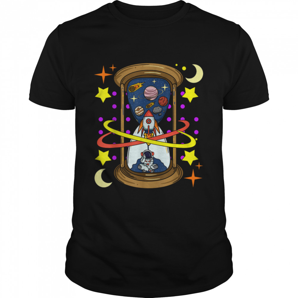 Unique Rocketship Spaceman Galaxy Hourglass Timer in Space  Classic Men's T-shirt