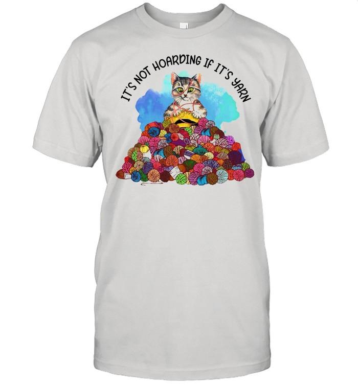 Cat Knitting It's Not Hoarding If It's Yarn T-shirt Classic Men's T-shirt