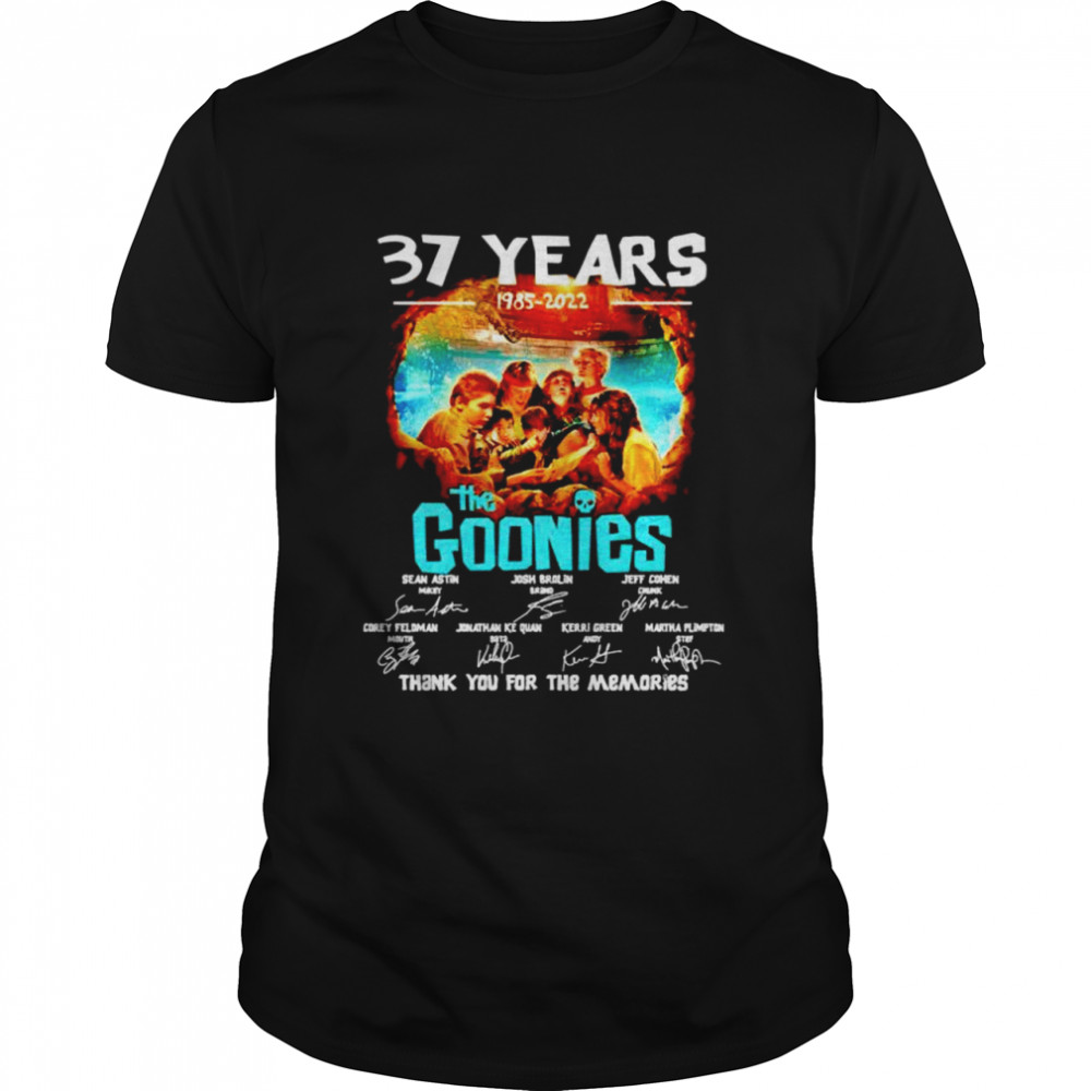 37 Years 1985 2021 The Goonies thank you for the memories shirt Classic Men's T-shirt